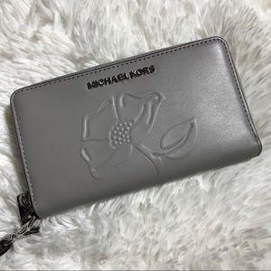 MICHAEL KORS Nouveau Floral Phone Case Wallet